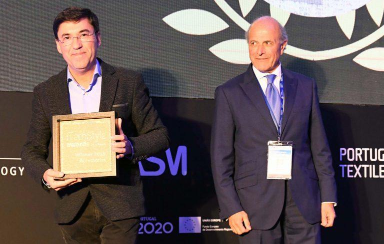 Joaquim Oliveira na cerimónia de atribuição do prémio.